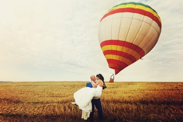 bryllupsgave ballonflyvning