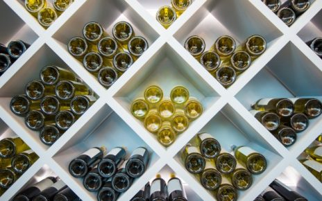 smagsprøver på vin